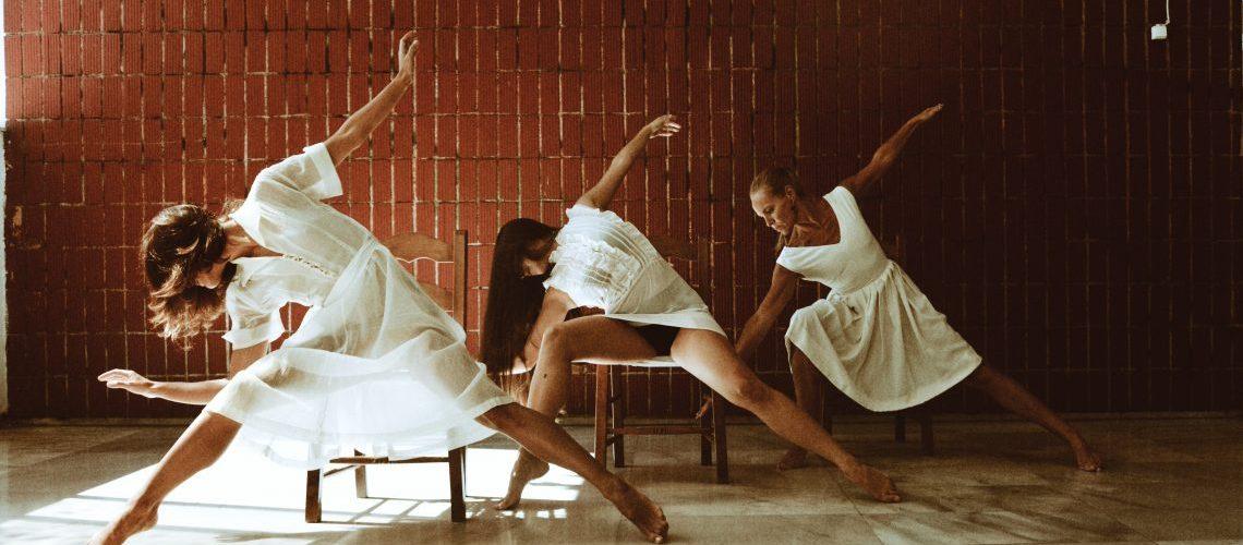 Corporis Miracula Χορός για Ενήλικες